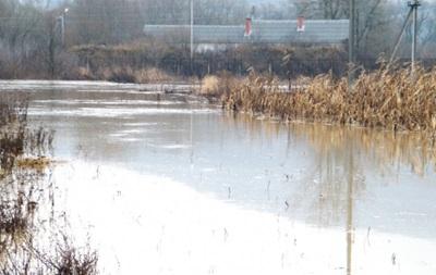На Закарпатье более пяти тысяч человек остались без воды