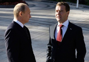 Работу Медведева впервые за время президентства одобряют столько же россиян, сколько и Путина