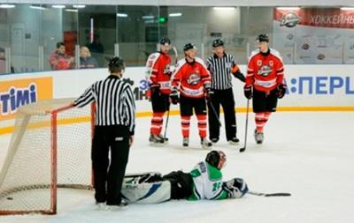 Хоккей: Донбасс уверенно побеждает Рапид