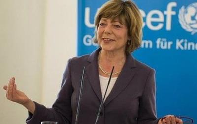 Первая леди Германии едет в Украину