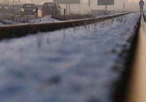 Укрзалізниця констатирует, что водители упорно объезжают шлагбаумы и попадают в ДТП