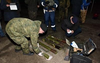 Оружие из Донбасса везут курьерской почтой - МВД