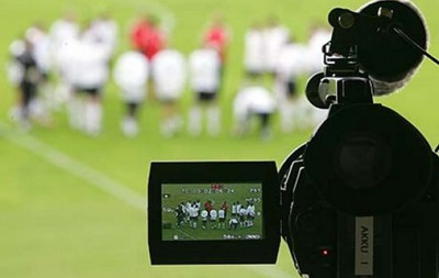 ТВ предлагает клубам УПЛ более 100 миллионов за сезон