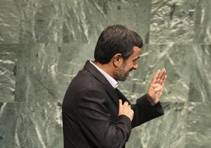 Ахмадинежад обвинил Израиль в провокации военного конфликта, а США - в злоупотреблении свободой слова
