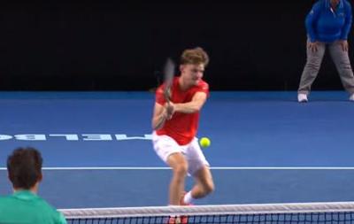 Лучший удар пятого дня на Australian Open от бельгийского теннисиста