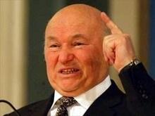 Лужков: Россия будет решать вопрос о госпринадлежности Севастополя