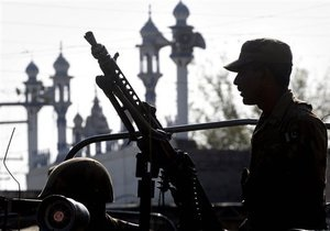 Атака на аэропорт в Пакистане: Четверо из пяти ликвидированных боевиков были узбеками - СМИ