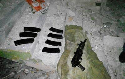 В Донецкой области нашли тайник с оружием