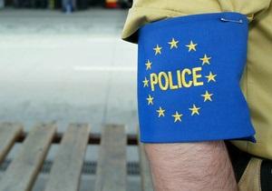 Поляк, не заплативший за пользование туалетом, был заперт в нем до прибытия полиции