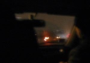 В Полтавской области трое  каскадеров  обворовывали грузовики во время движения