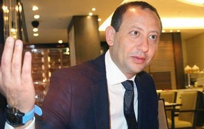ФФУ сподівається допомогти вирішити конфлікт у керівництві Сталі