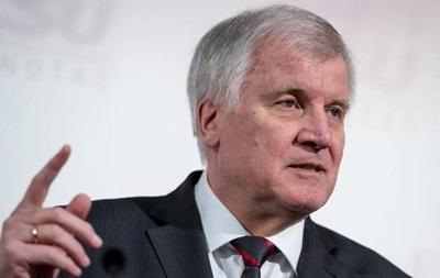 Премьера Баварии раскритиковали за планы посетить РФ
