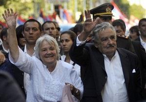 В Уругвае на два дня высший пост в государстве займет супруга президента