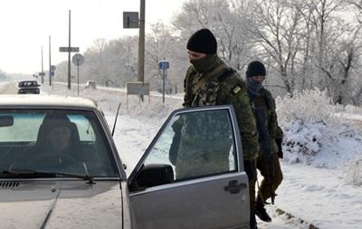 На Донбассе из-за обстрелов закрыли пункт пропуска