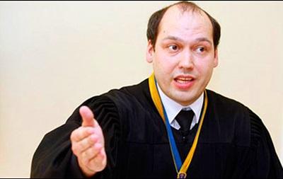 Судья Вовк, посадивший Луценко, восстановлен в должности