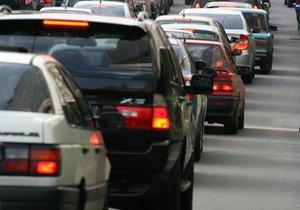 В центре Киева ограничат движение транспорта в связи с подготовкой и празднованием Дня Победы