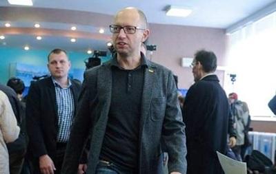 Отставки Яценюка хотят 70% украинцев – опрос