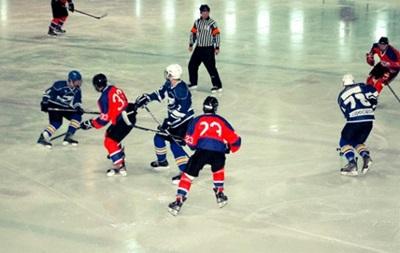 Хоккей: Витязь близок к плей-офф, победа Компаньона