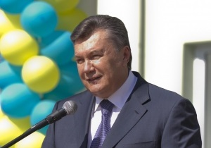 УП: Янукович перепутал Hyundai и Samsung