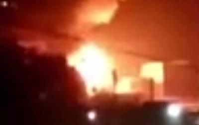 В Китае при взрыве на фабрике фейерверков погибли восемь человек