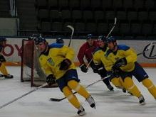 Расположение сборной Украины по хоккею покинули пять игроков