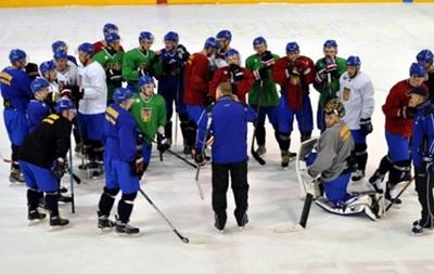 Сборная Украины по хоккею с проблемами добралась до Японии