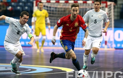 Евро по футзалу: Испания добывает путевку в финал в перестрелке с Казахстаном