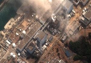 В Японии над аварийной АЭС заметили облако пара