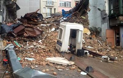 В Стамбуле обрушился пятиэтажный дом