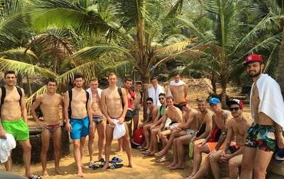 Кравченко и Ко похвастались телами на пляжах Индии
