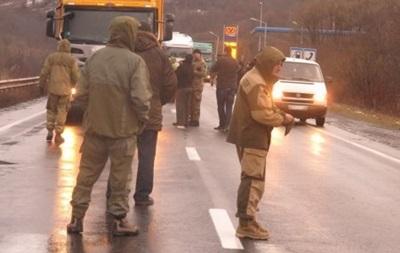 Кабмин дал два дня на решение ситуации с фурами РФ