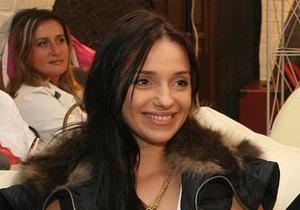 В Печерский райсуд приехали муж и дочь Тимошенко