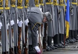 Ъ: Вместо вступления в НАТО Украина нацелится на военно-политический блок с Россией