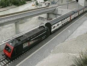 В Словакии туристический автобус столкнулся с поездом: 11 жертв
