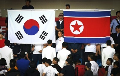 КНДР провела военные учения у границы с Южной Кореей - СМИ