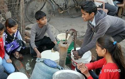 В Индии протестующие договорились с властями – в Дели пошла вода