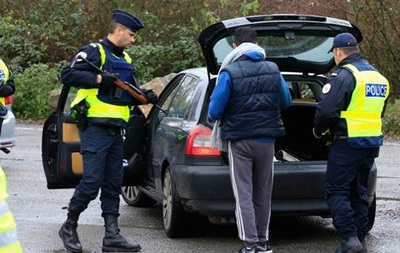 Бельгия усиливает пограничный контроль с Францией