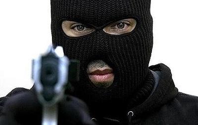 Мужчин ограбили на $25 тысяч при обмене на  черном рынке