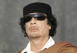 Каддафи заявил, что не покинет Ливию