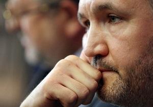 Кузьмин отправляется в Брюссель, чтобы рассказать о делах против бывших чиновников