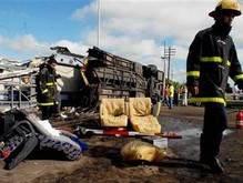 Крупное ДТП в Аргентине: 6 человек погибли, еще 20 ранены