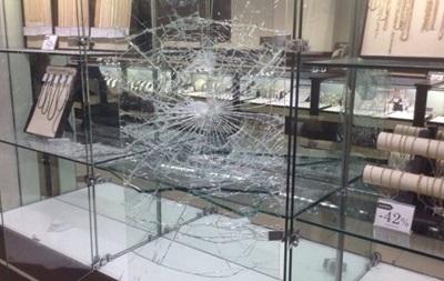 В Запорожье ограбили ювелирный магазин