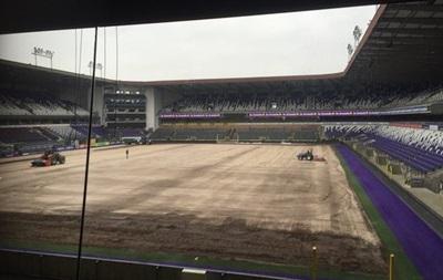 Соперник Шахтера в Лиге Европы перед матчем с  горняками  меняет газон