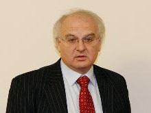 ПР инициирует отставку Вакарчука из-за обучения на украинском языке
