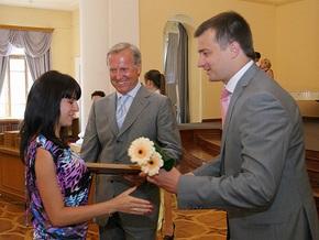 Городские власти наградили киевскую талантливую молодежь