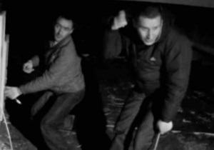 Камера наружного наблюдения зафиксировала кражу интернет-оборудования