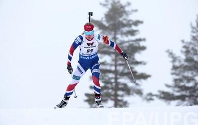 Биатлон: Украина осталась без медали в эстафетной гонке ЧМ у женщин
