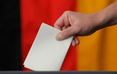Миграционная политика Меркель проходит проверку на выборах