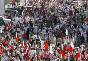 Полиция Бахрейна вновь разгоняет демонстрантов с помощью слезоточивого газа
