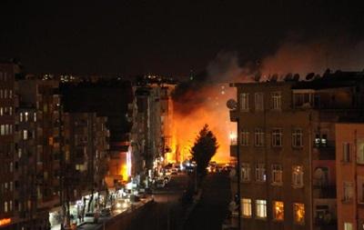 В Турции массовые столкновения курдов с силовиками